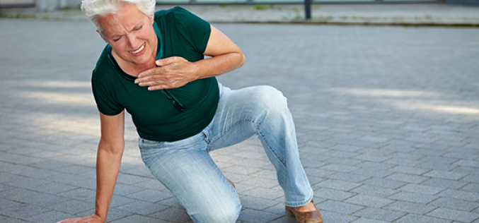 More fat around heart during menopause raises risk for heart disease