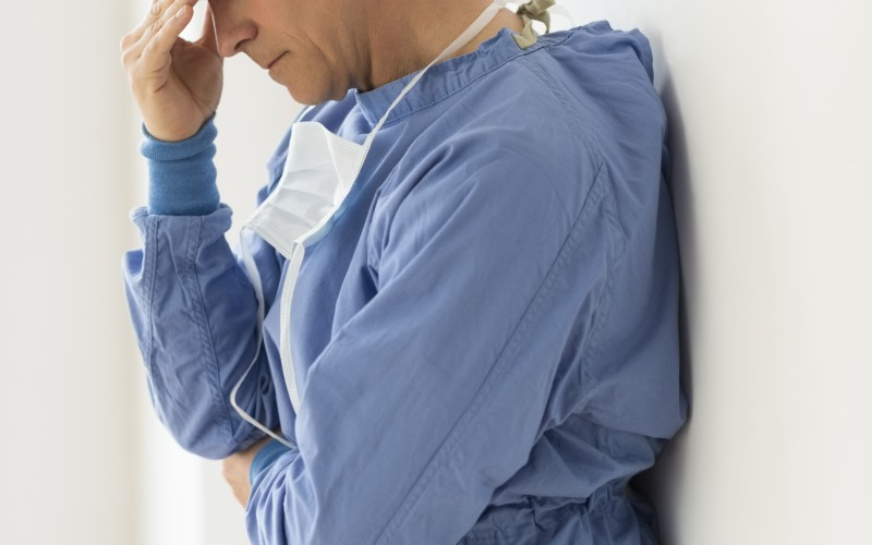 Nurses more likely to suffer emotional exhaustion by working long shifts