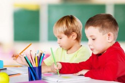 Late-term birth associated with better school-based cognitive functioning