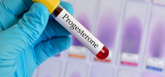 Progesterone could increase births in women with early pregnancy bleeding and previous miscarriage